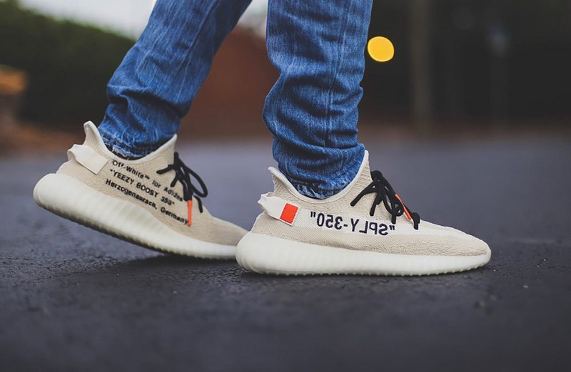 Off White x Adidas Yeezy Boost 350 V2 Cream White B37570